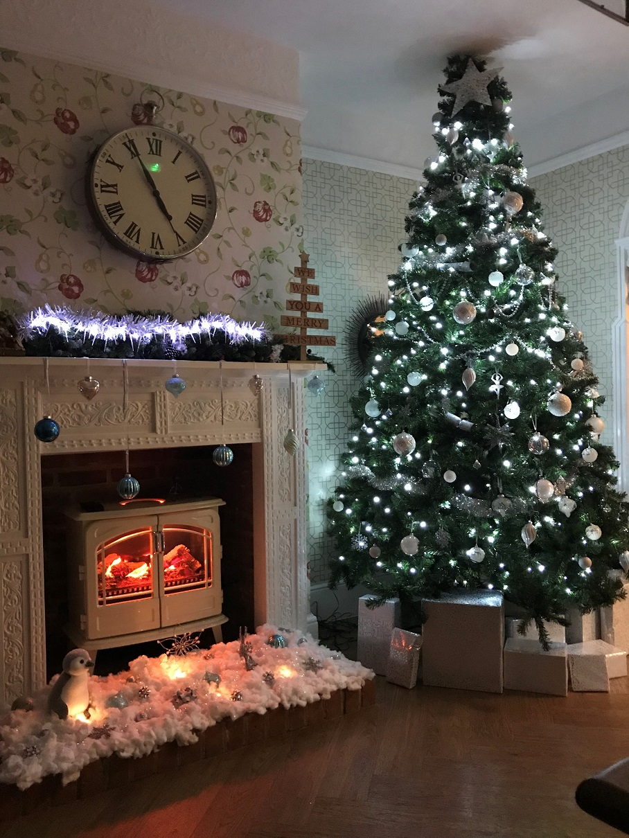 Deck the halls at Hungerford Care Home