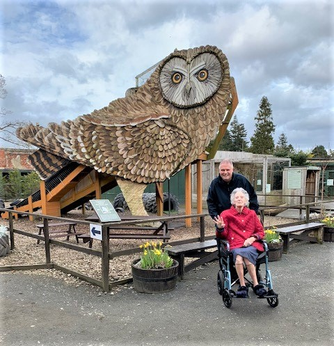 Resident at Clarence Court Care Home in Broomhill visits the Scottish Owl Centre in West Lothian