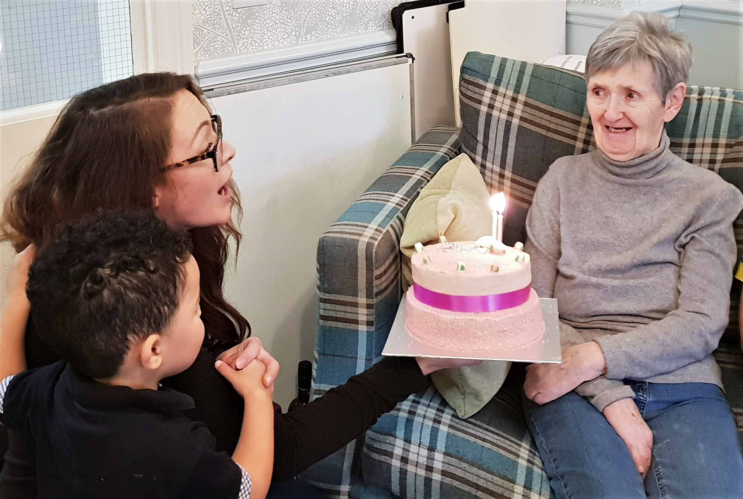 A special visit for Mary's birthday at Ivybank House Care Home