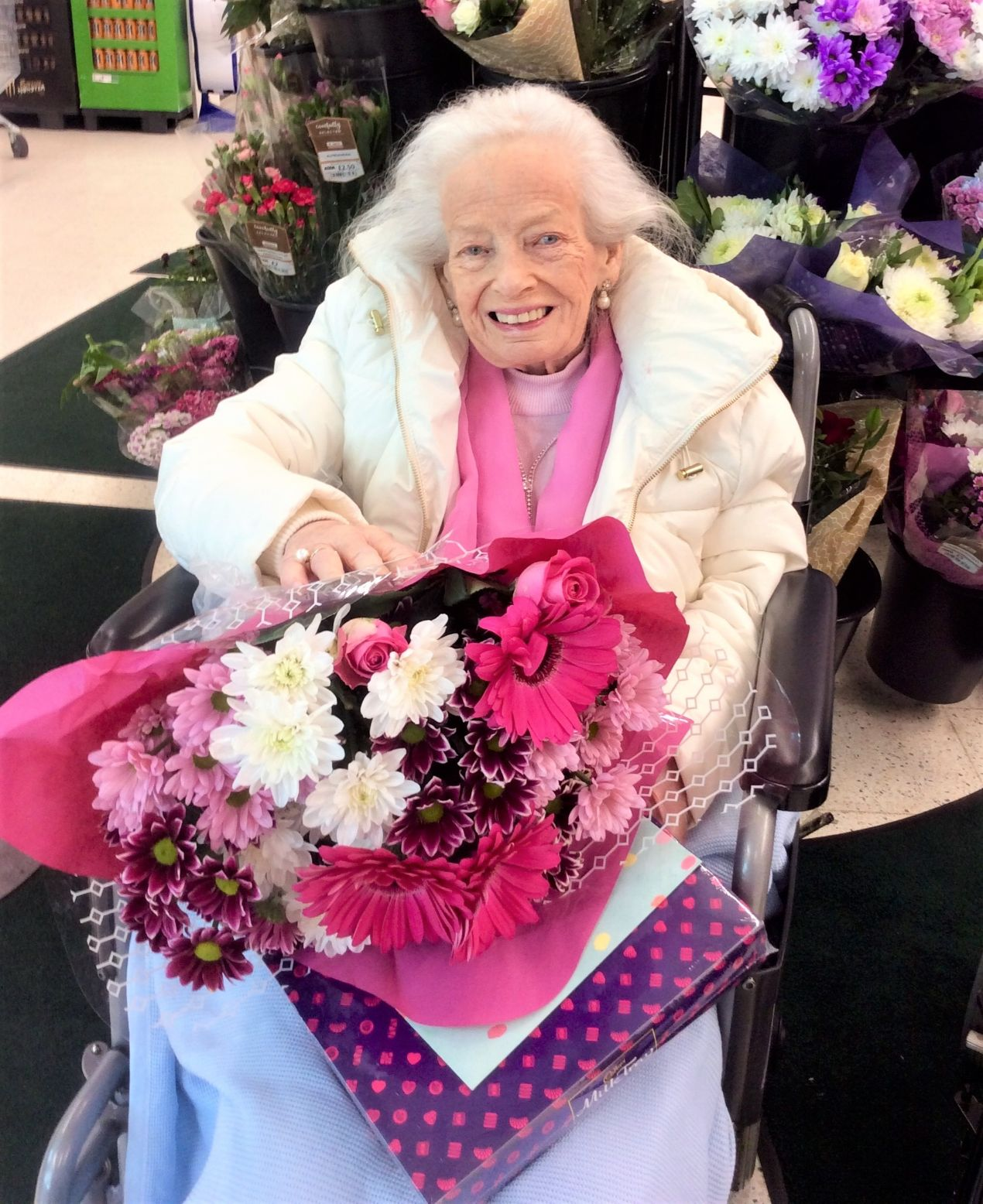 Buchanan Lodge Care Home, Glasgow-Our beautiful resident Velma getting the VIP treatment at her local Asda