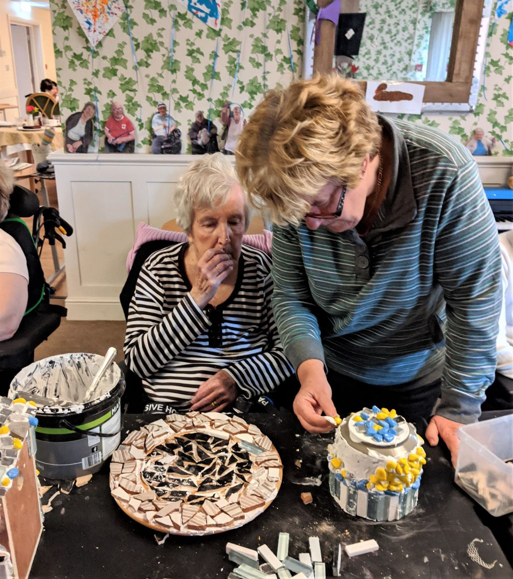 Charlotte House Care Home, The Wirral-Audrey and her daughter Sandy get creative with mosaics