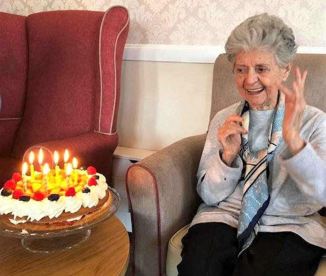 Clarence Court Care Home, Glasgow-Resident Mary was delighted with her birthday cake