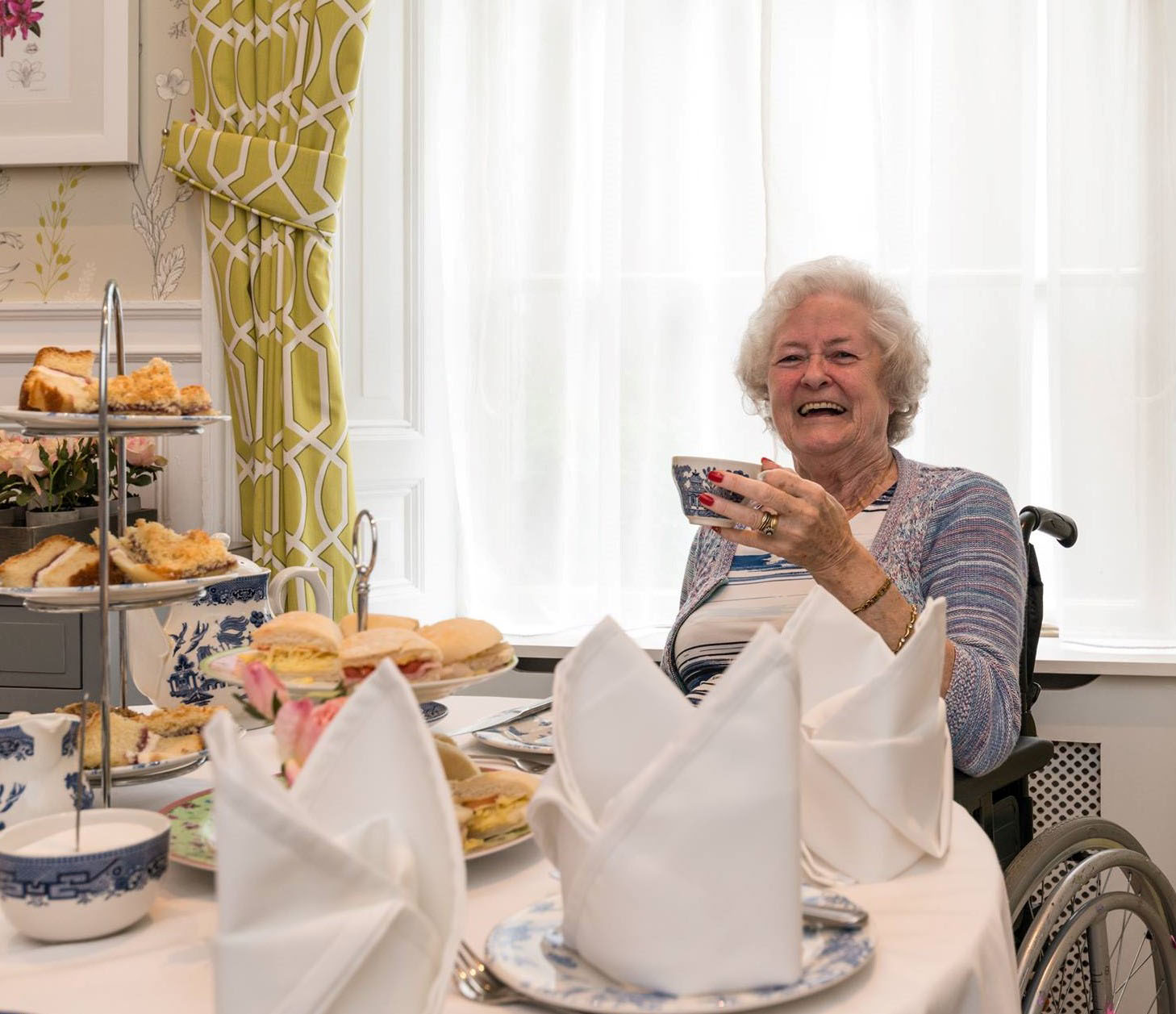 """""""Making Mother's Day"""" at brighterkind Care Homes"""