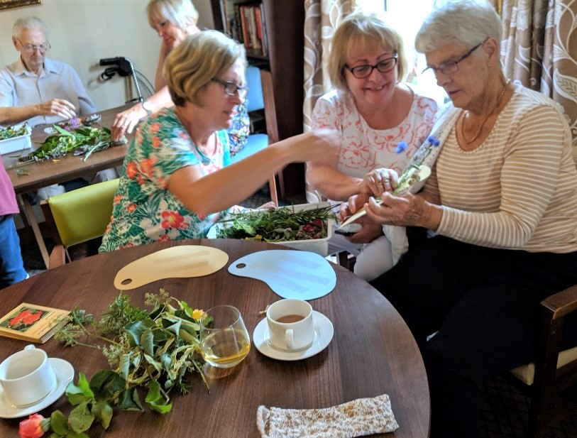 Elm Bank Care Home, Kettering-Resident Maud and her daughters Ella and Helen enjoying our nature craft activity