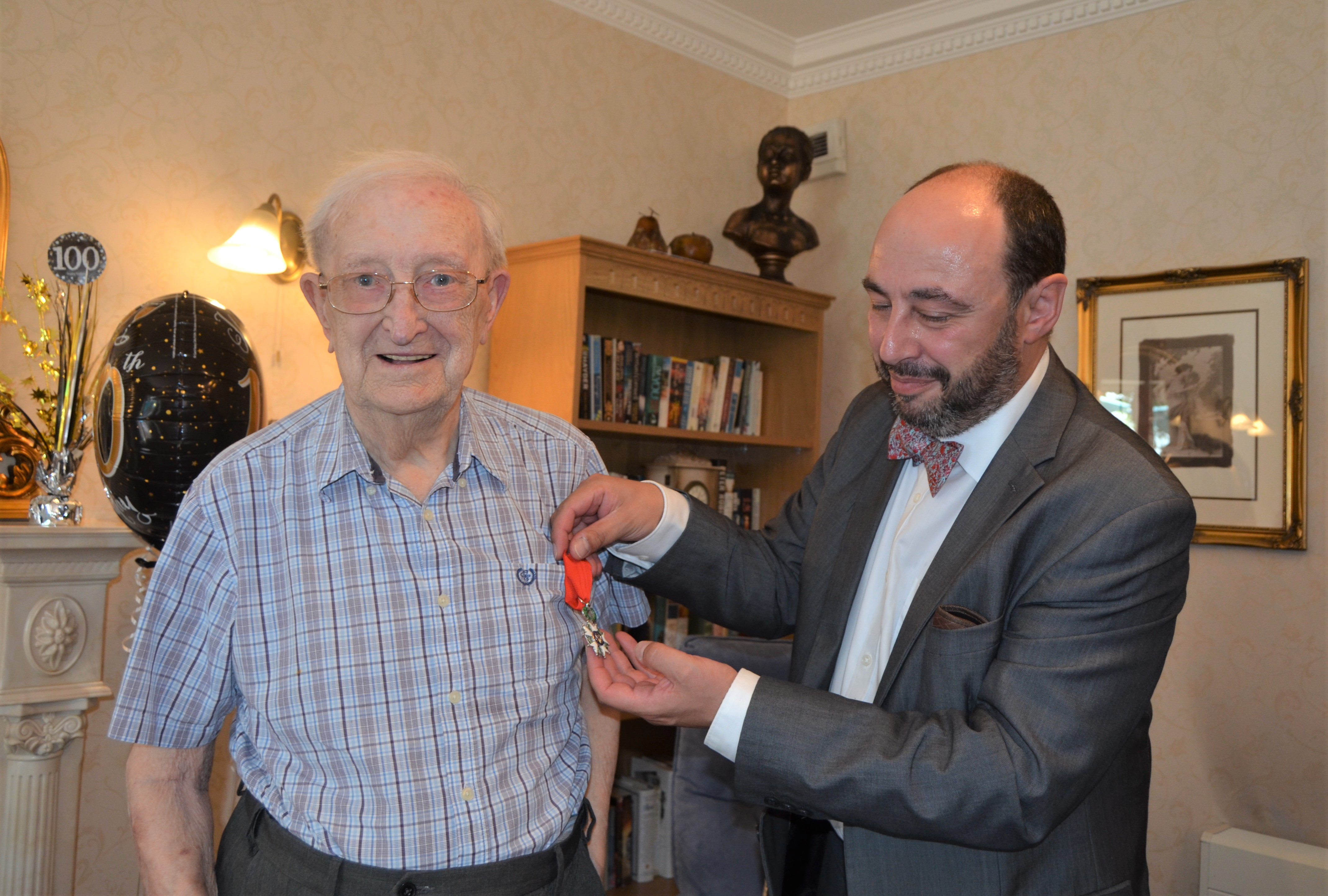 Hall Park Care Home, Nottinghamshire-The French Consul Jean-Claude Lafontaine presenting Arthur with his Légion d'honneur