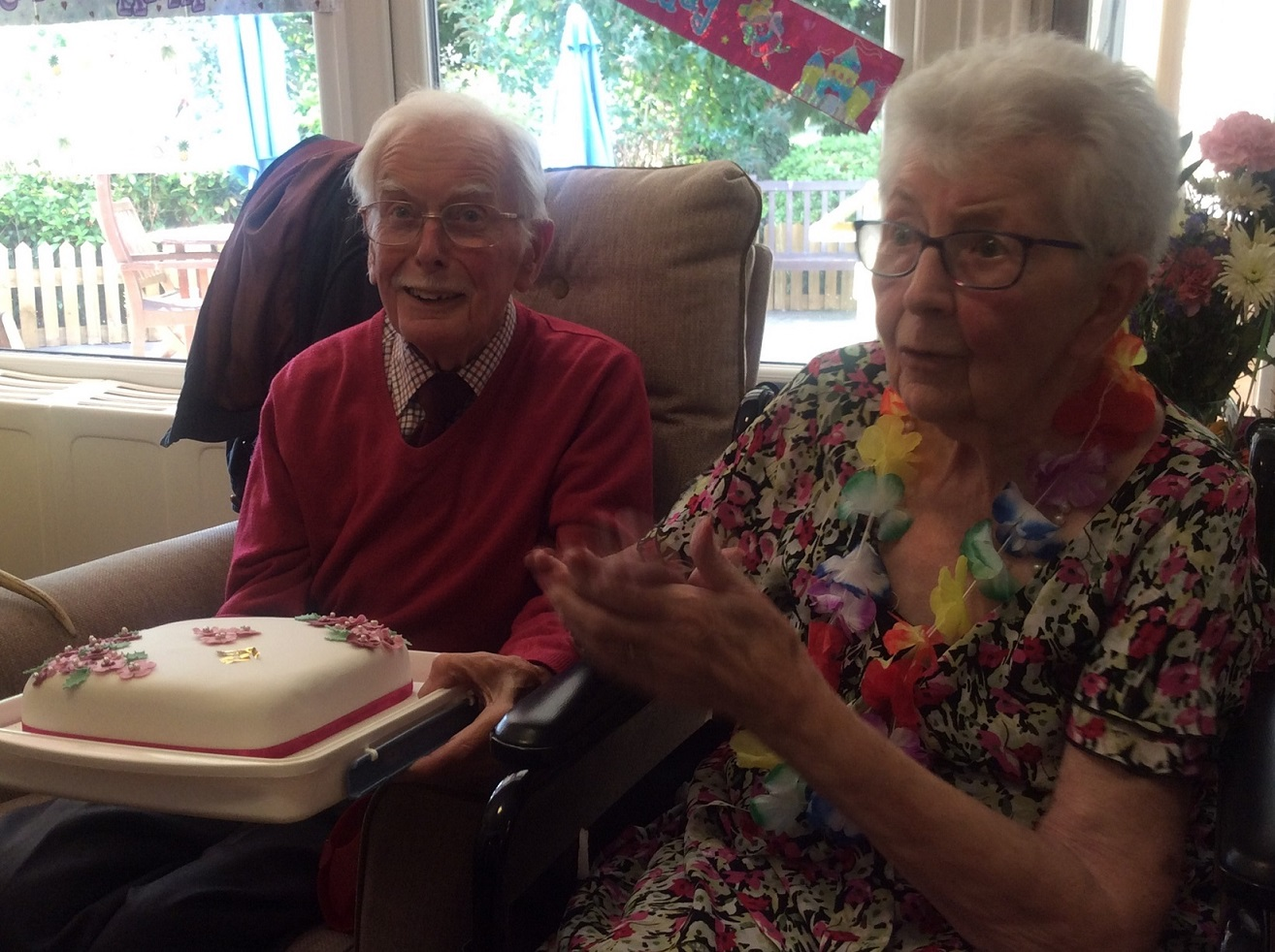 Tom and Margaret with their anniversary cake