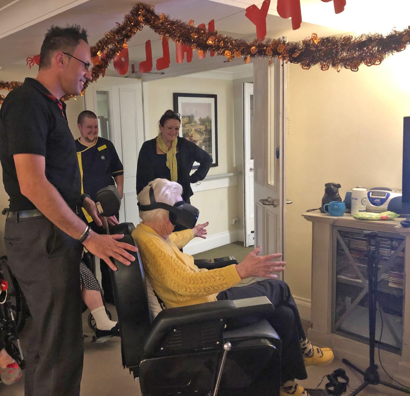 Mill House Care Home in Oxfordshire try Virtual Reality