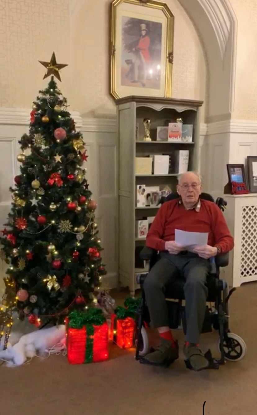 Woodbury House Care Home in Swallowfield resident solo performance