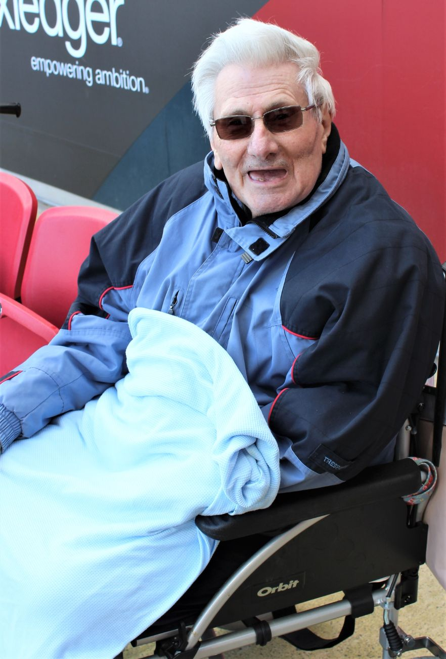 Ivybank House Care Home, Bath-Albert enjoying the rugby match