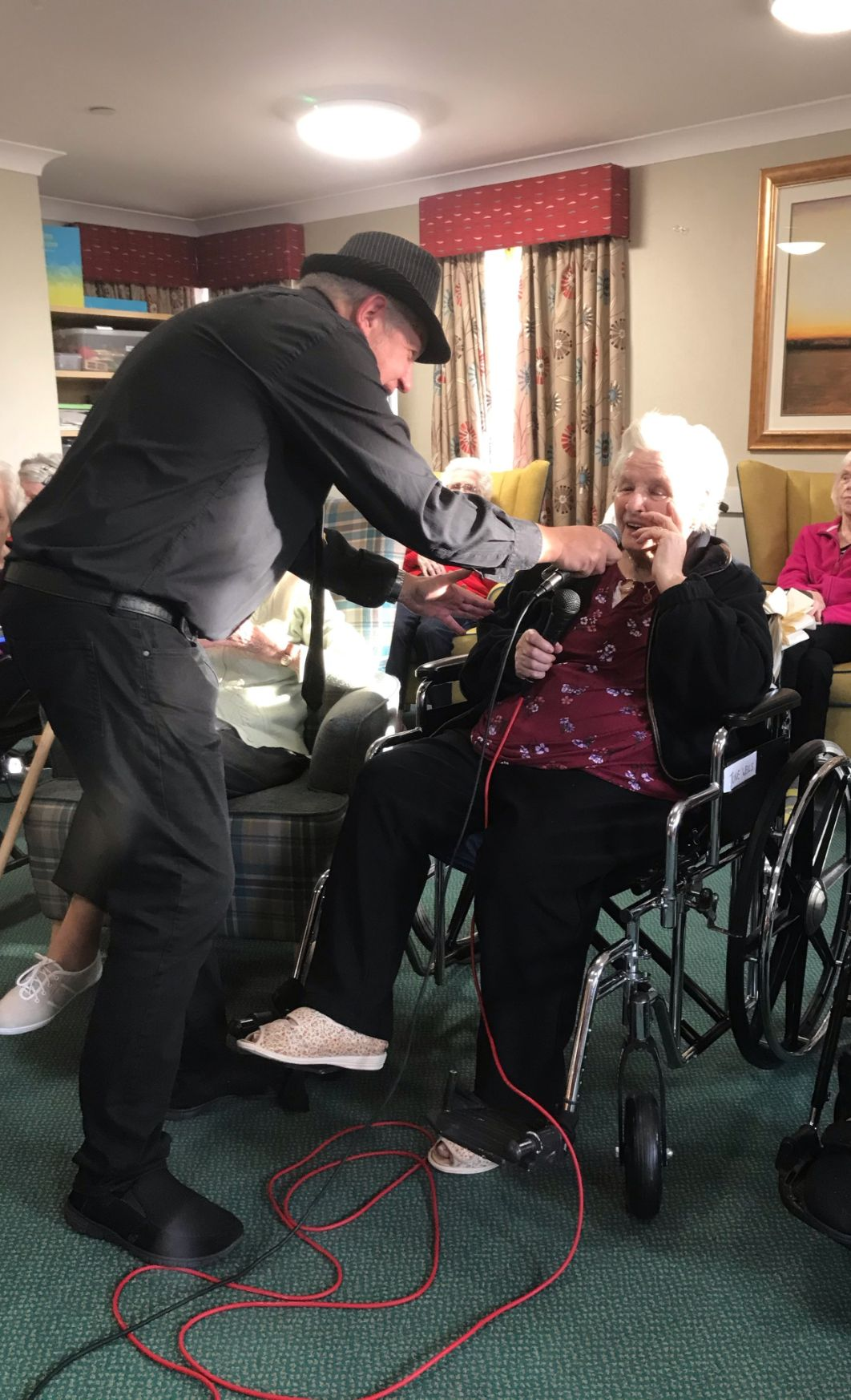 Ashbourne Court Care Home in Hampshire get a visit from Dave Dawson