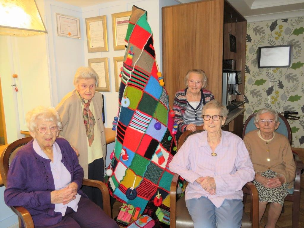 Westbury Court Care Home in Bath knit a Christmas tree