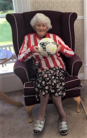 Ross Court Care Home, Herefordshire-Resident Brenda prepares for her throw-in