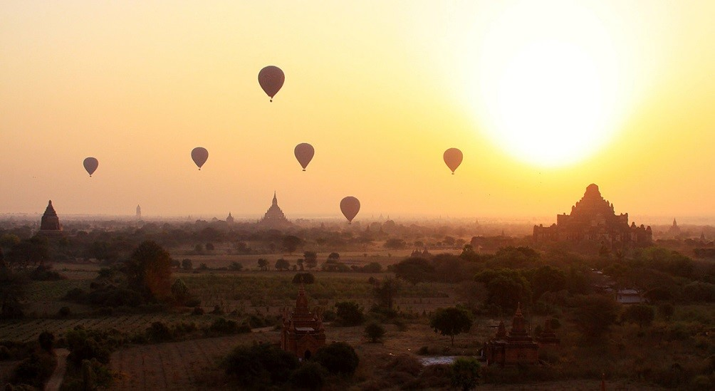Balloons over the Zambezi