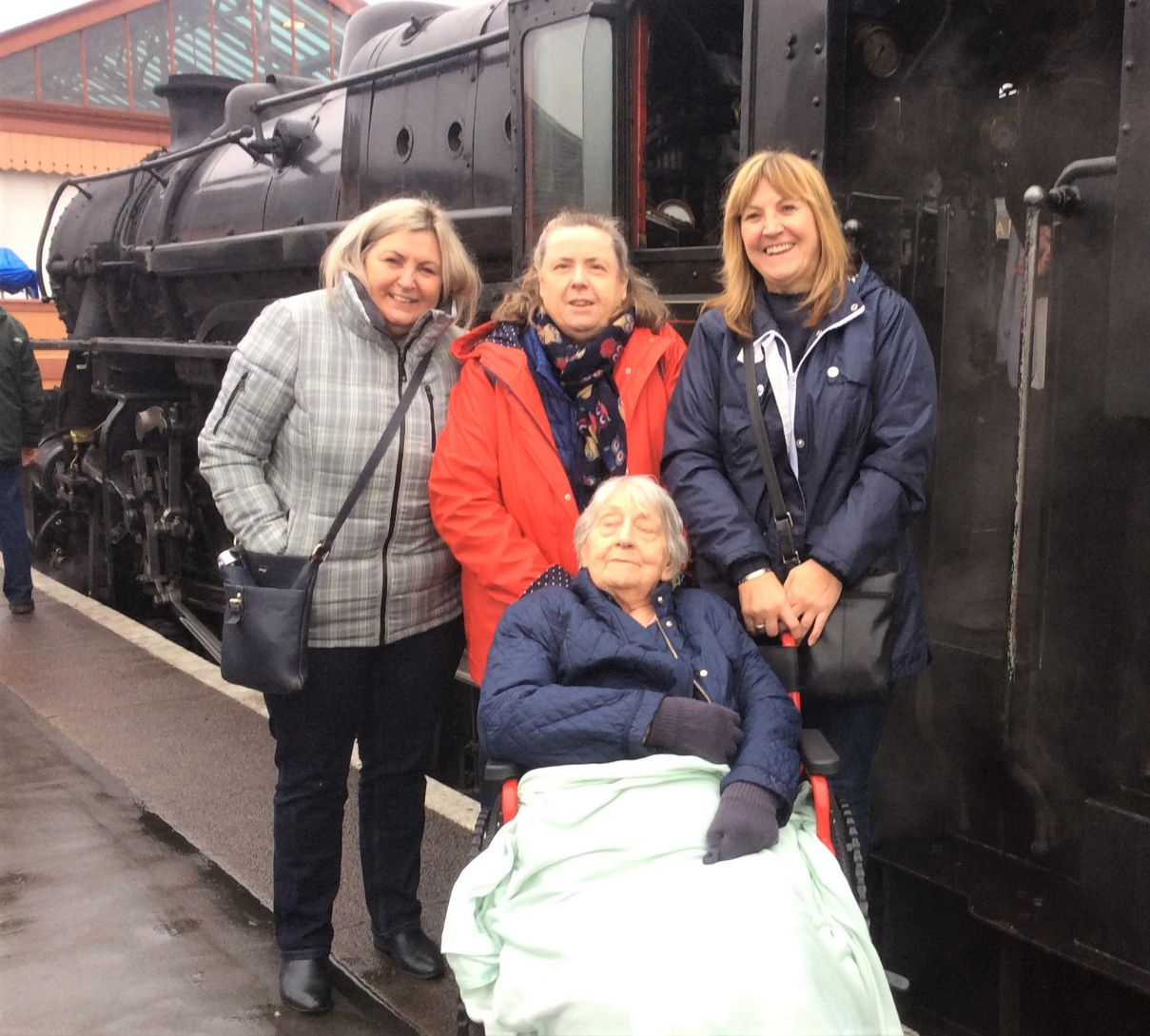 Wheaton Aston Court Care Home, Staffordshire-Resident Eileen and her daughters about to board the steam train