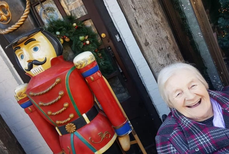 Lil's wish for a grand day out to Stratford-upon-Avon with Broadway Halls Care Home