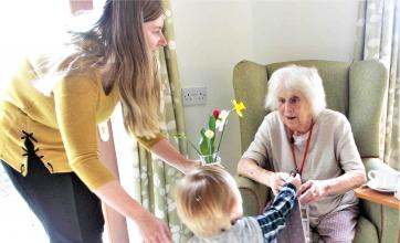 Glebefields Care Home residents celebrate Mother's Day