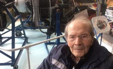 Flowerdown Care Home in Winchester took an Oomph! trip to the Solent Sky Museum