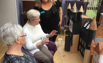 Buchanan House Care Home in Bearsden take part in brighterkind's create challenge