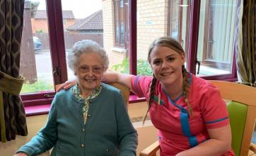 Hamilton House Care Home in Buckingham have a trip out to Carton House