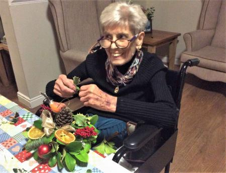 Highfields Care Home get into the Christmas spirit with festive flower arranging