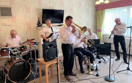 Buchanan Lodge Care Home, Glasgow-The Allander Jazz Band performing live at our home