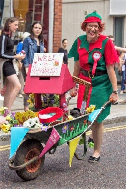 Ross Court Care Home take part in Ross-on-Wye carnival parade
