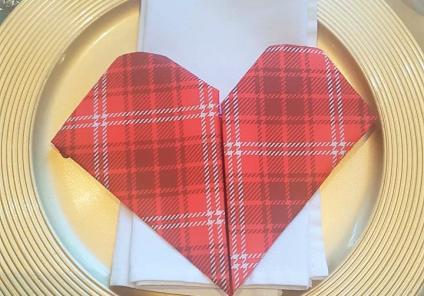 A tartan heart serviette for our Scottish-themed feast!