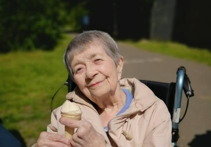 Avery Mews Care Home, West Yorkshire-Resident Marjorie loved our trip out in the fresh air and sunshine