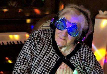 Hungerford Care Home, Berkshire-Resident Doris loved the music at our Silent Disco