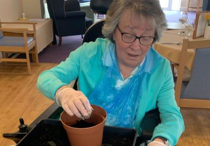 Residents at Flowerdown Care Home take part in brighterkind's Naturewatch event